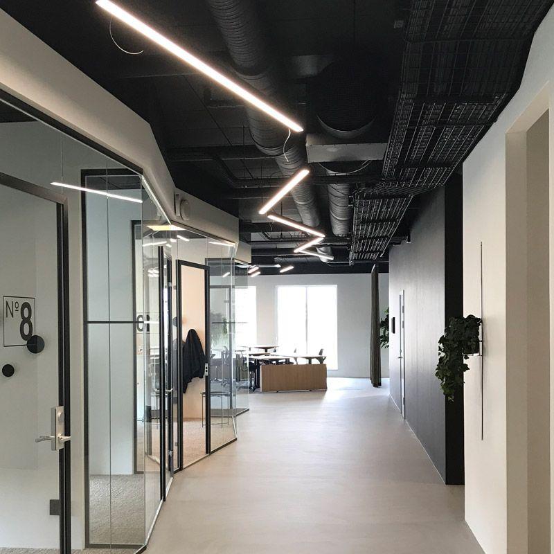 Kontorsbelysning med linjära LED-lister